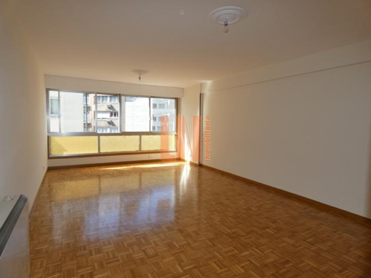 130M² con 4 dormitorios céntrico