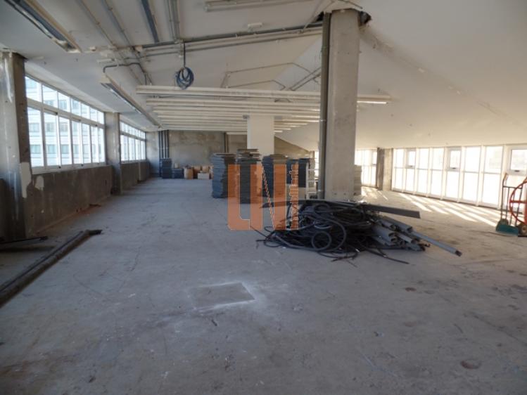 350 m² diáfano de obra