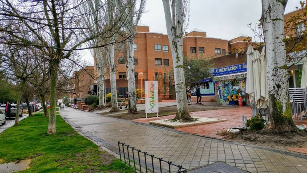 URBENORTE INMOBILIARIA VENDE varias plazas de Garaje en estupenda zona de Avenida de Europa (Pozuelo