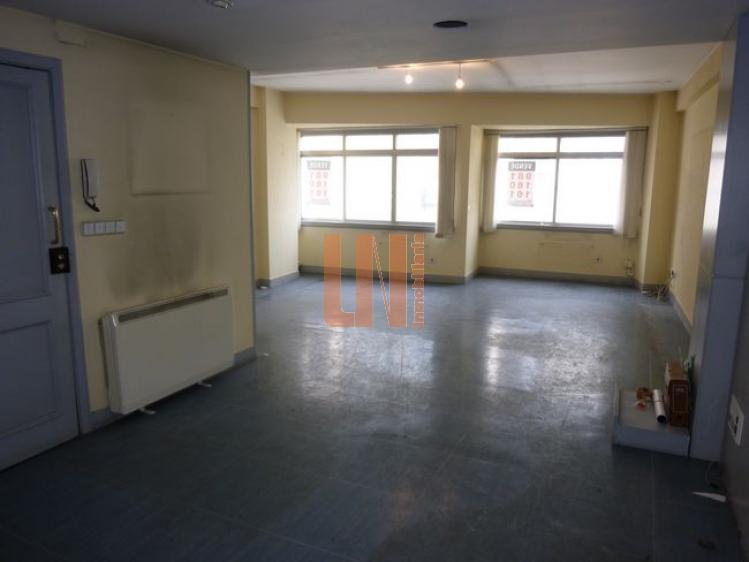 90m² útiles, diafanos con posiblidad de 3 dormitorios.