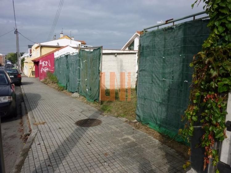 1010M² para 2 viviendas
