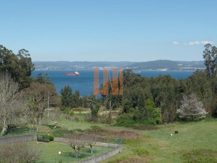 seminuevo de 230m² con vistas al mar.