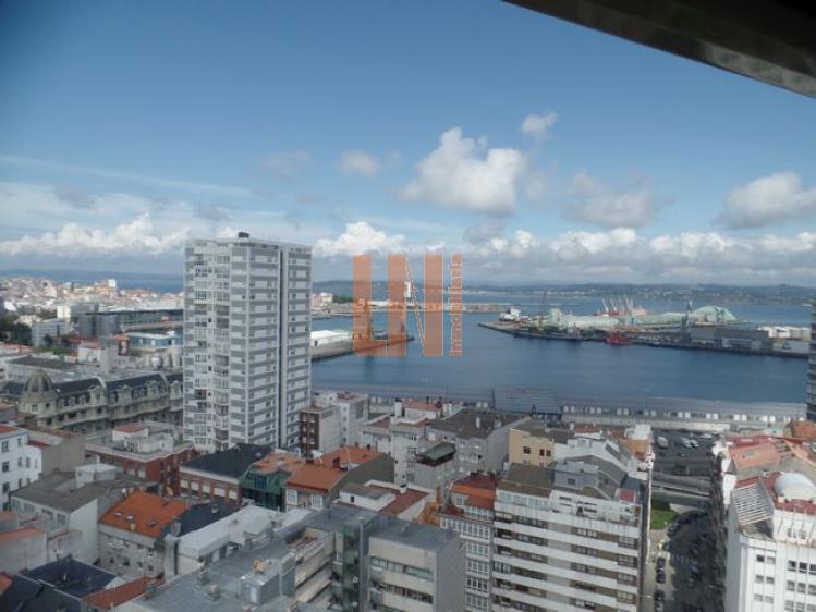 182m² útiles, vistas espectaculares a toda la ciudad.
