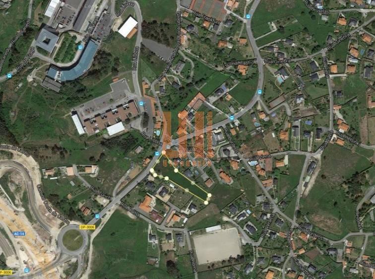 Parcela de 4250m. en La Zapateira, vistas a la ciudad
