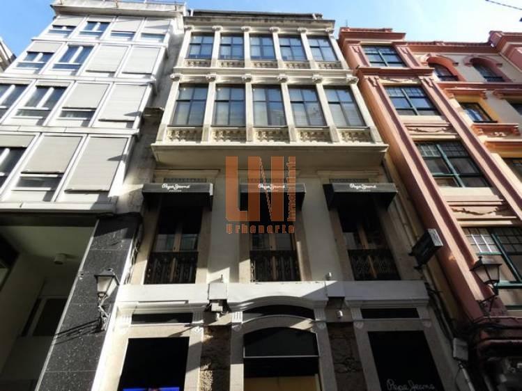 Edificio en el centro,  con rentabilidad del 5%