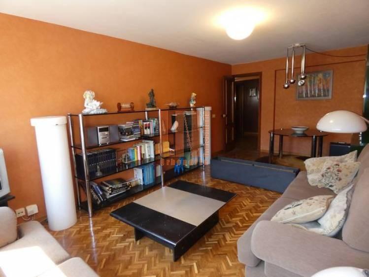 de 4 dormitorios con plaza de garaje