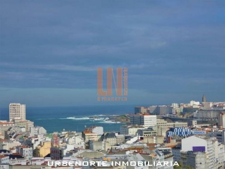 Viviendas con vistas para disfrutar de A Coruña